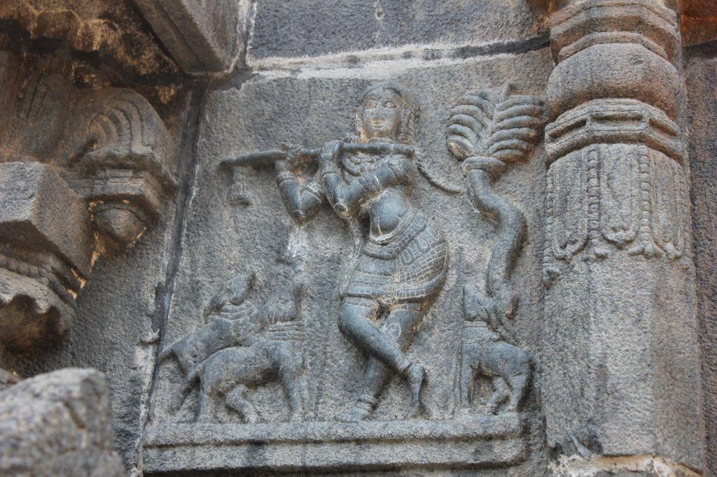 Mahabharatha scenes @ Chintala Venkataramana Swamy Temple